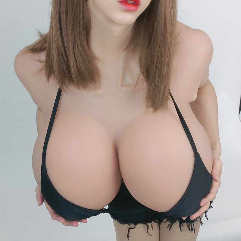 ROANYER 新作!巨乳 女装 爆乳 シリコンバスト スーパー Sカップ  ♥発売予定、30日以内に発送予定♥
